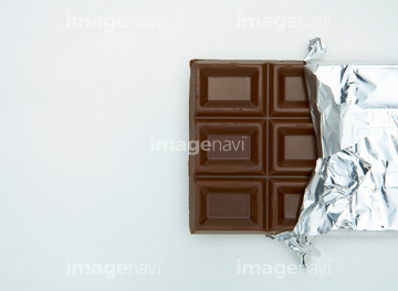 73e454cf74 銀紙 板チョコ】の画像素材 | 菓子・デザート・食べ物の写真素材なら ...
