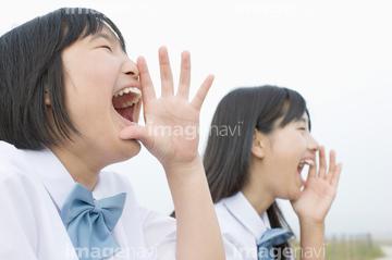 子供 叫ぶ 横顔 2人の画像素材 年齢人物の写真素材なら