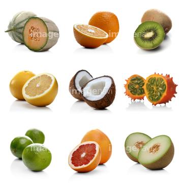 食べ物 果物 果物いろいろキウイフルーツ 断面の画像素材 写真