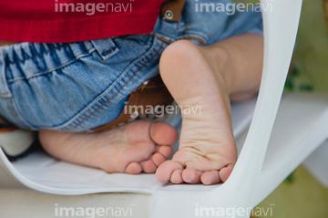 少年 足の裏 の画像素材 海路 水路 乗り物 交通の写真素材ならイメージナビ