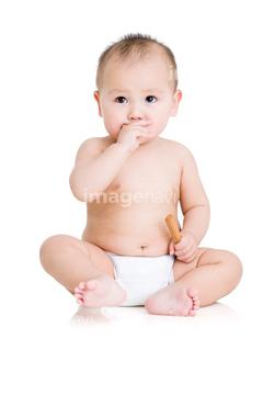赤ちゃん おむつ 洋風 無邪気 ロイヤリティフリー の画像素材 外国人 人物の写真素材ならイメージナビ