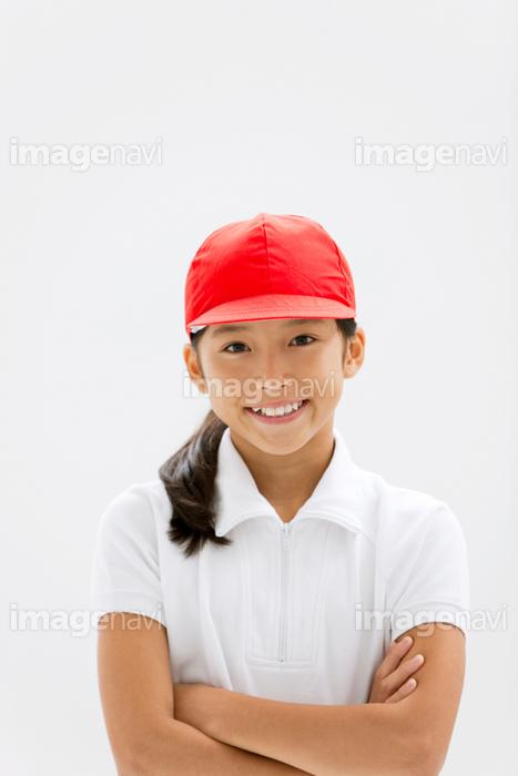 腕組みする体操服姿の女の子】の画像素材(14924663) | 写真素材なら ...